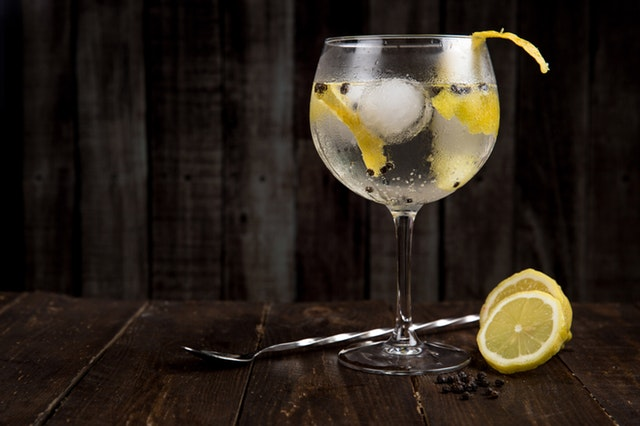 27072018_Como-preparar-gin-tonic
